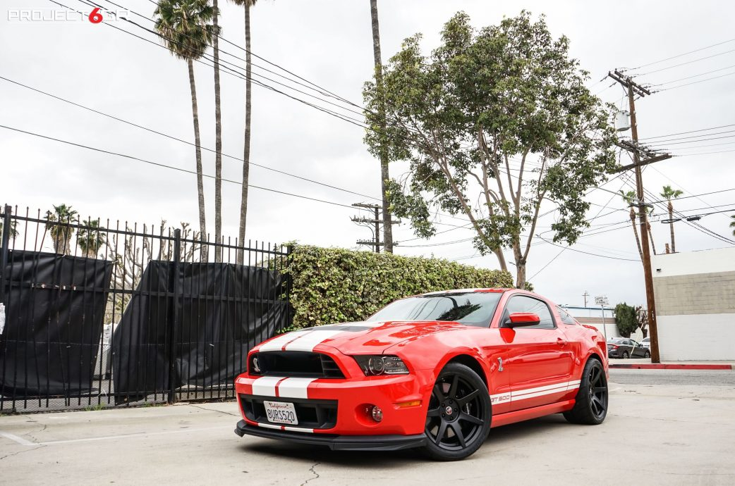 Red S197 Shelby GT500 completed with a Double staggered Project 6GR 7-SEVEN wheels