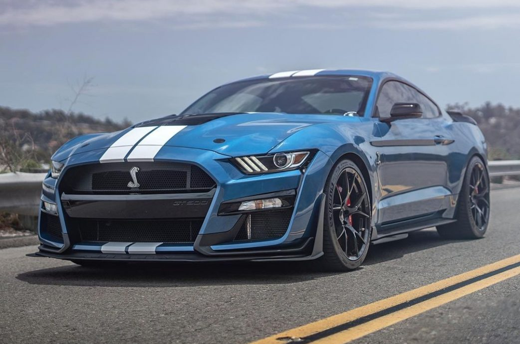2020 Shelby GT500 sporting the Project 6GR 10-TEN wheels / fitment available for the Shelby GT500 / Carbon Fiber package